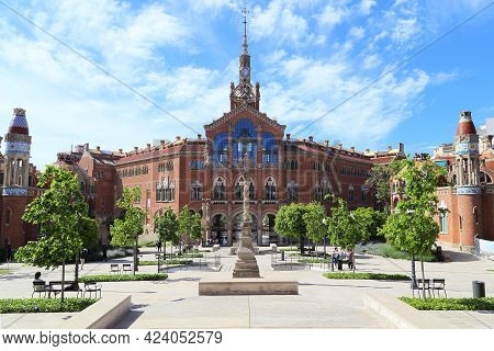 Barcelona, Spain - May 12, 2017: This Is The Administration Pavillion Of Former Hospital Sant Pau, W