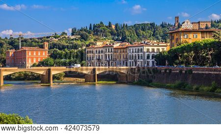 Beautiful Scene Over The Arno River In Florence, Italy