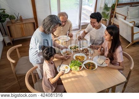 Activity, Asian, Big, Child, Childhood, Children, Comfort, Dad, Daughter, Eat, Enjoy, Family, Family
