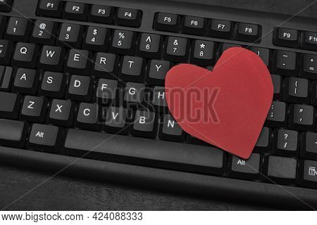 Keyboard And Red Heart. Online Dating Concept. Internet Dating. Text Relationship