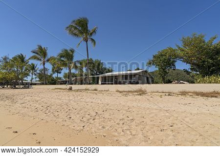 Cape Gloucester, Queensland, Australia - June 2021: A Holiday Resort On The Beach With A Sandy Front