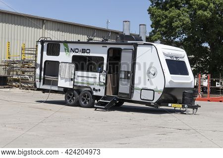 Goshen - Circa June 2021: Forest River Rv No Boundaries Nobo Recreational Vehicle Fifth Wheel Traile