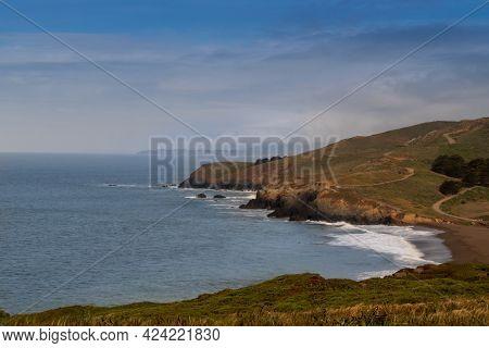 Shoreline At Rodeo Beach, California, Usa, In Sausalito's Marin Headlands Recreation Area On A Partl