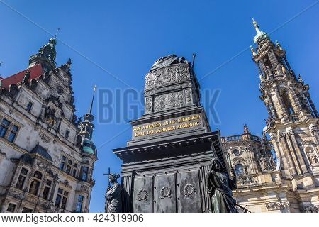 Dresden, Germany - September 11, 2020: Historic Buildings And Sculpture On The Schlossplatz Square I
