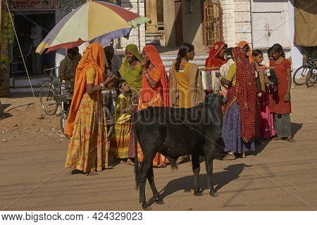Pushkar, Rajasthan, India - November 7, 2008: Street Scene In Pushkar During The Annual Pushkar Fair