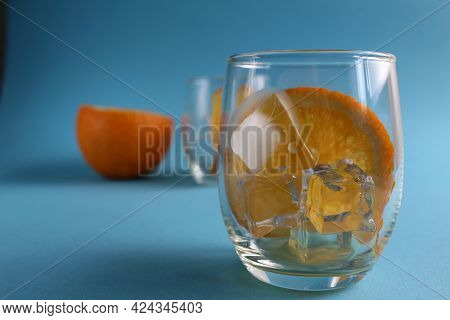 Cooking Lemonade With Orange. Step-by-step Instructions. Step 1 Pour Into A Glass Of Ice And Put A P