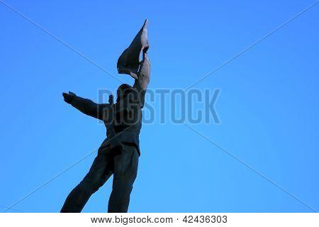 Hero Monument