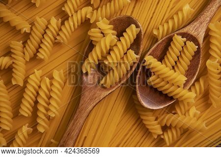 Dry Pasta, Wooden Spoon Background Spaghetti Cooking