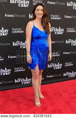 LOS ANGELES - JUN 16:  Rachael Edlow at The Birthday Cake LA Premiere at the Fine Arts Theater on June 16, 2021 in Beverly Hills, CA