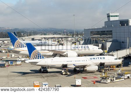 San Francisco, California - July 24, 2018: United Airlines Planes At The Terminal In San Francisco I