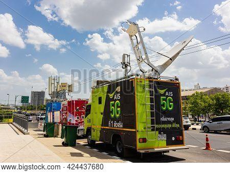 Bangkok, Thailand - 21 Jun 2021: Satellite Dish On Mobile Car Roof Ais 5g For Support Commutation Ev