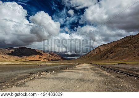 Trans-Himalayan Manali-Leh highway in Himalayas. More plains, Ladakh, Jammu and Kashmir, India