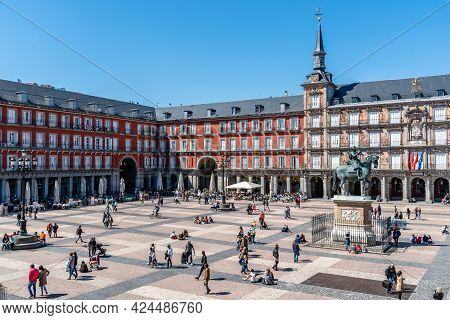 Madrid, Spain - April, 18 2021: Scenic Of Plaza Mayor Square In Madrid. View During Restrctions For