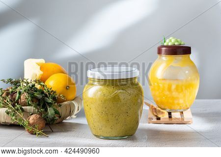 Jar Of Jam With Honey And Nuts. Healing Jam Made From Honey, Nuts And Ginger. Nuts, Honey And Lemon.