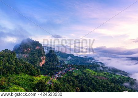 Morning Mist Viewpoint Phu Pha Mok Baan Jabo, The Most Favourite Place For Tourist In Mae Hong Son P