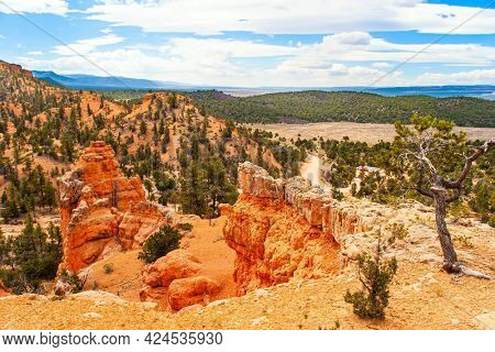 The most popular trails in Red Canyon. Red Canyon Arches trail in Losee Canyon. USA. Red-brown canyons and outliers are composed of soft sedimentary rocks.