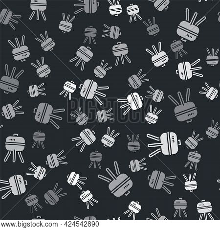 Grey Barbecue Grill Icon Isolated Seamless Pattern On Black Background. Bbq Grill Party. Vector
