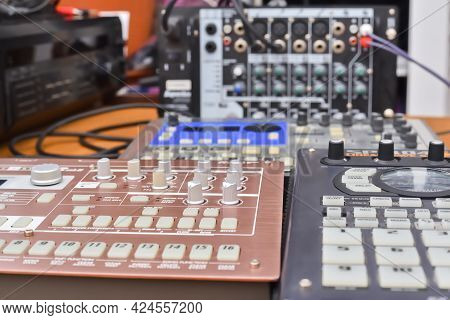 Professional Analog Synthesizers, Drum Machine And Sampler For Creating Electronic Music. Equipment
