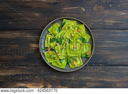 Green Ravioli With Ricotta Cheese, Spinach And Nuts. Healthy Eating. Vegetarian Food. Italian Cuisin