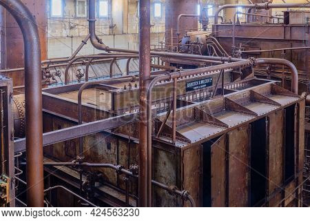 Tel-aviv, Israel - June 17, 2021: View Of Old Turbines And Machinery In The Historic Reading A Power