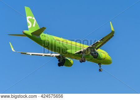 Saint Petersburg, Russia - May 29, 2021: Airbus A320-214 (vp-boj) Of S7 Airlines On The Glide Path I