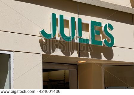 Toulouse , Occitanie France - 06 16 2021 : Jules Logo Text Store Front Sign Brand Shop French Fashio