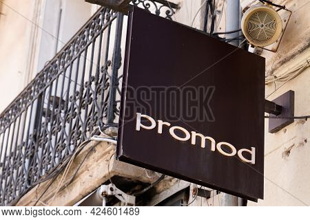 Toulouse , Occitanie France - 06 16 2021 : Promod Logo Text And Brand Sign Clothes Store Fashion Tre