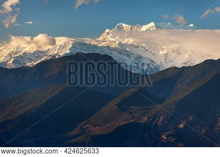 Mount Chaukhamba Evening View, Himalaya, Indian Himalayas, Great Himalayan Range, Uttarakhand India