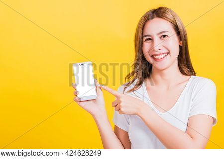 Asian Thai Portrait Happy Beautiful Young Woman Smile Standing Wear T-shirt Making Finger Pointing O