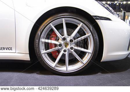Nonthaburi Thailand -april 2, 2021:- Close Up Car Wheel Of The Porsche Panamera Car  At Auto Shows A