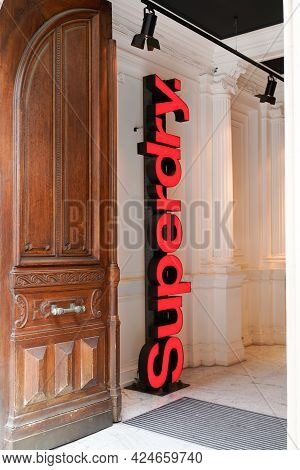 Toulouse , Occitanie France - 06 20 2021 : Superdry Brand Sign Shop Text Logo Store London British I