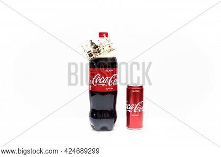 Labuan,malaysia-june 19,2019:big Bottle And Aluminium Tin Of Original Coca Cola With Beautiful Golde