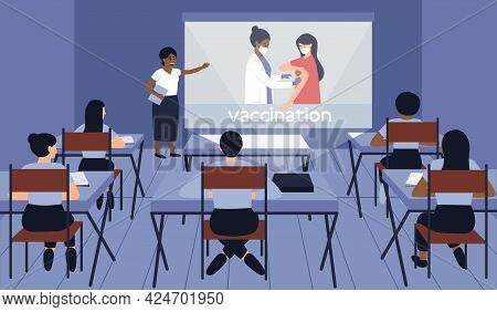 Medical Students Listen To A Speaker At A Conference In The Classroom. A Professor Of Medicine Givin