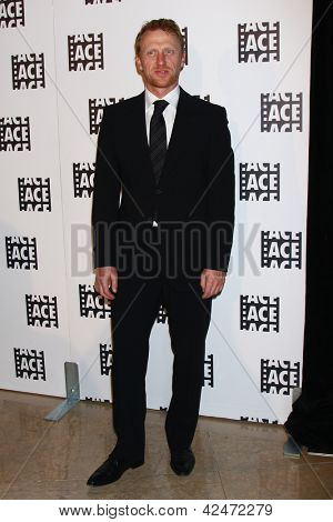 LOS ANGELES - FEB 17:  Kevin McKidd arrives at the 63rd Annual ACE Eddie Awards at the Beverly Hilton Hotel on February 17, 2013 in Beverly Hills, CA