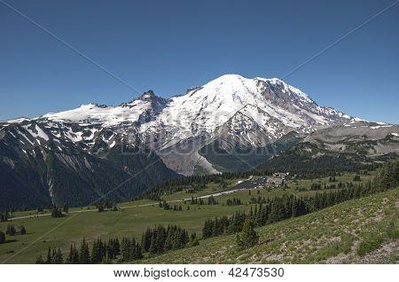 Mt Rainier and Sunrise Visitors center