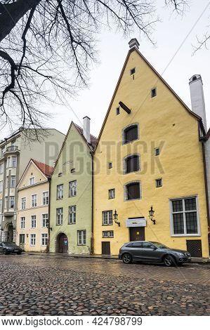 Tallinn, Estonia - 24 February, 2019: Street Of Old Tallinn, Capital Of Estonia. Old Town Is Listed