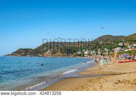 Alanya, Turkey - October 23, 2020: Beautiful Summer-autumn View Of Kleopatra Beach In Alanya. Coastl
