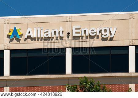Alliant Energy Corporate Headquarters And Trademark Logo