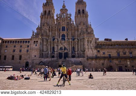 Santiago De Compostela (spain), June 25, 2021. Cathedral Of Santiago And Obradoiro Square. Tourists