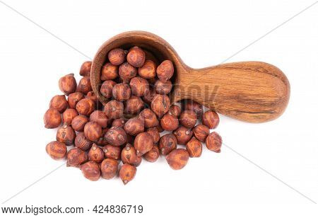 Pile Of Brown Chickpeas In Wooden Spoon, Isolated On White Background. Brown Chickpea. Garbanzo, Ben
