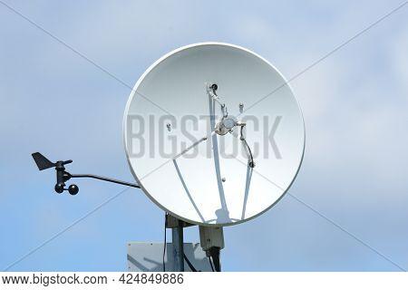 Weather Station, Satellite Dish,  Anemometer, Technology, Meteorology, Weather, Communication, Telem
