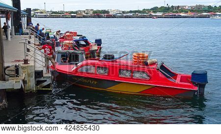 Labuan,malaysia-dec 22,2018:the Passenger Boat Services For Labuan Island To Menumbok,sabah Route In
