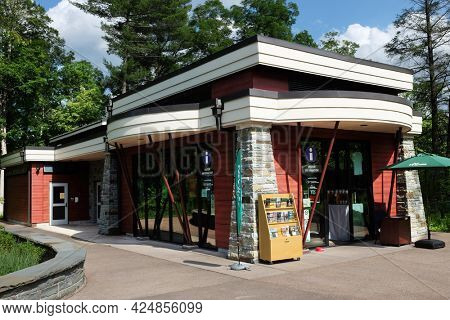 TRUMANSBURG, NEW YORK - 20 JUNE 2021: The Visitor Center at the Taughannock Falls Overlook.