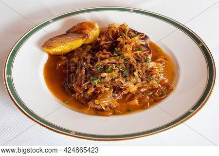 Viennese Zwiebelrostbraten, Sirloin Roast Beef With Onion Gravy, Crispy Fried Onion And Roasted Pota