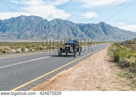 Villiersdorp, South Africa - April 12, 2021: A Model-t Ford From 1915 On Road R45 Near The Theewater