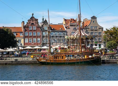 Gdansk, Poland - Sept 9, 2020: The Architecture Of The Old Gdańsk At The Fish Market / Targ Rybny/ O