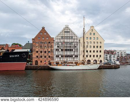 Gdansk, Poland - Sept 9, 2020: The National Maritime Museum In Restored Medieval Granaries On The Oł