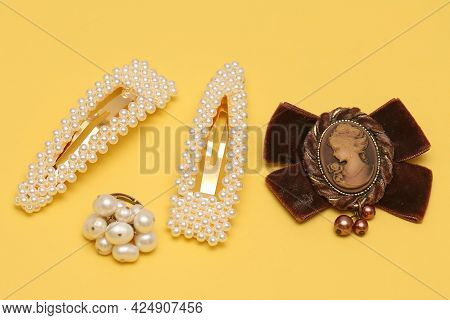 Pearls Hair Pins With Ring And Other Fashion Accessories