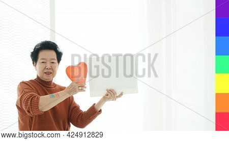 Modern Understanding Asian Mother Support And Accept Gay Pride In Family Lgbtq