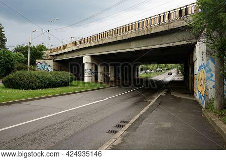 Bucharest, Romania - June 16, 2021: The Railway Bridge On Poligrafiei Boulevard In Bucharest.